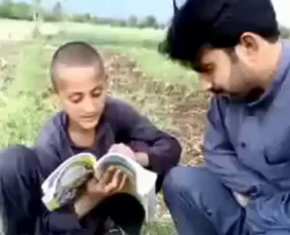Pathan kid translation from Urdu to Pashto Pakfunny