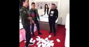Apple Store Staff In Thailand Told Man That IPhone Is Too Expensive For Him Then  What He Did; Must Watch
